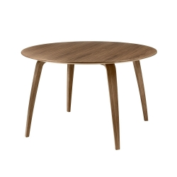 Gubi Dining table Round