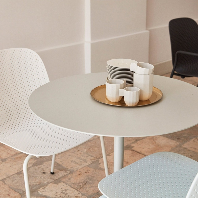 Neu Table - Round