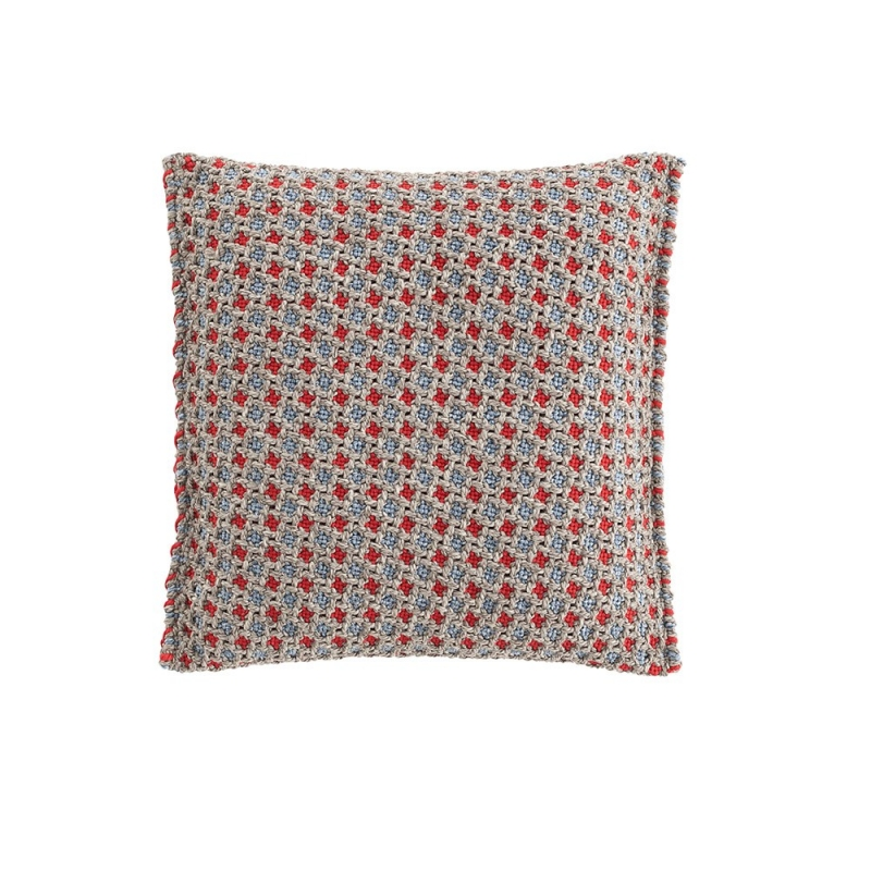 Garden Layers / Gofre Cushion