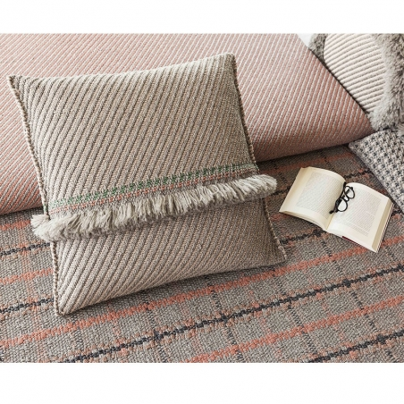 Garden Layers / Diagonal Cushion