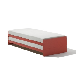 Lönneberga Stacking Bed